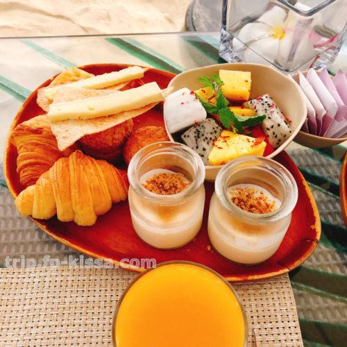 フュージョンマイアダナンのビーチでの朝食のアップ